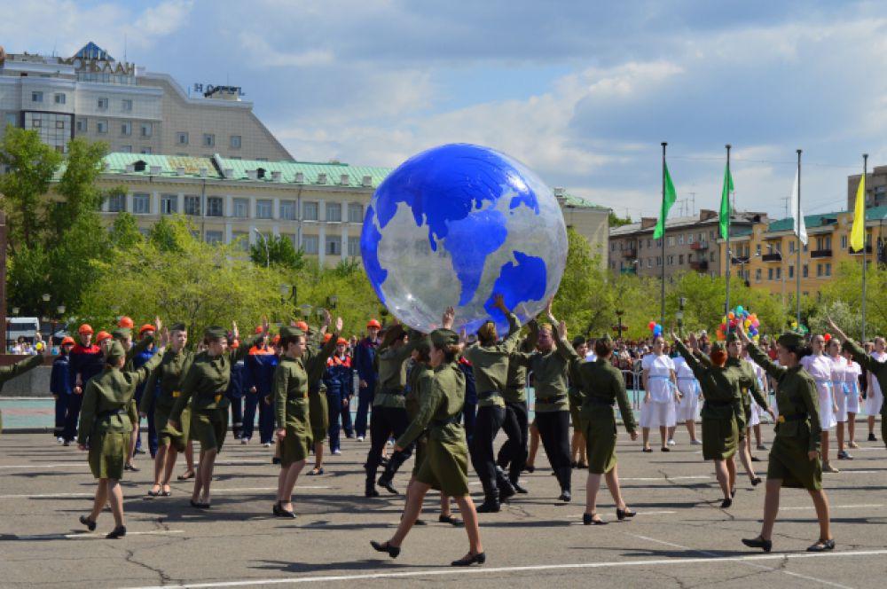 Театрализованное представление посвящено 70-летию Победы в Великой Отечественной войне.