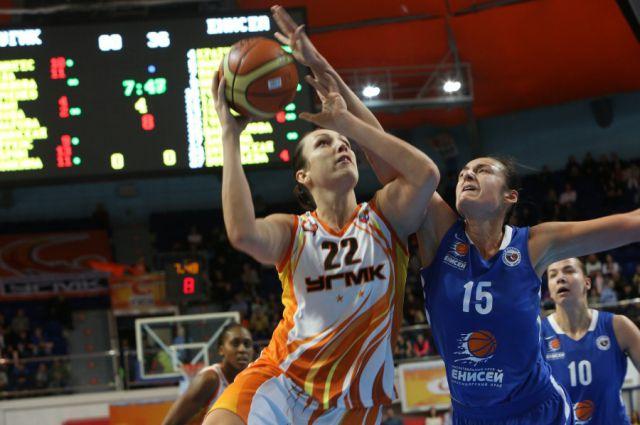 В баскетбольный УГМК вернулась Анна Петракова