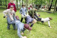 В летние каникулы дети могут не только поправлять свое здоровье, но и стать участником интересных мероприятий.