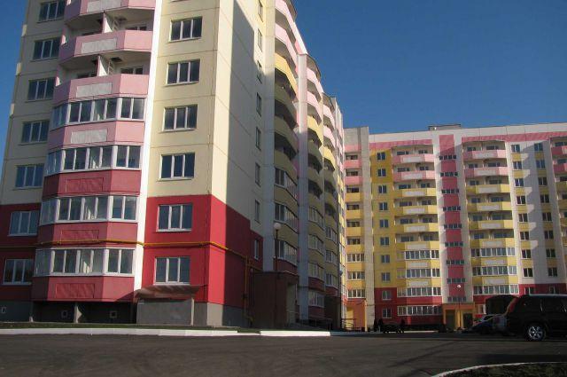 Новый дом № 144на  улице Институтской.