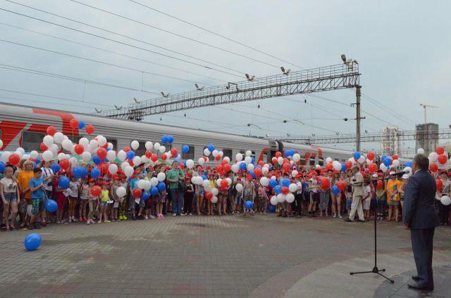Уральские школьники отправились в Анапу на «Поезде здоровья»