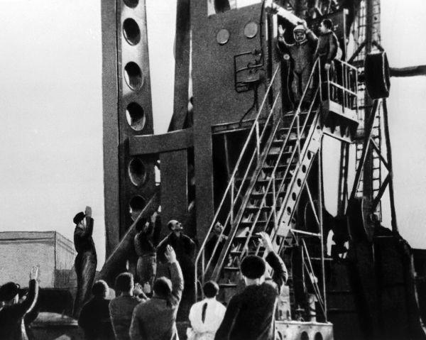 Последние минуты перед стартом корабля «Восток-1». Космодром «Байконур». 1961 год.