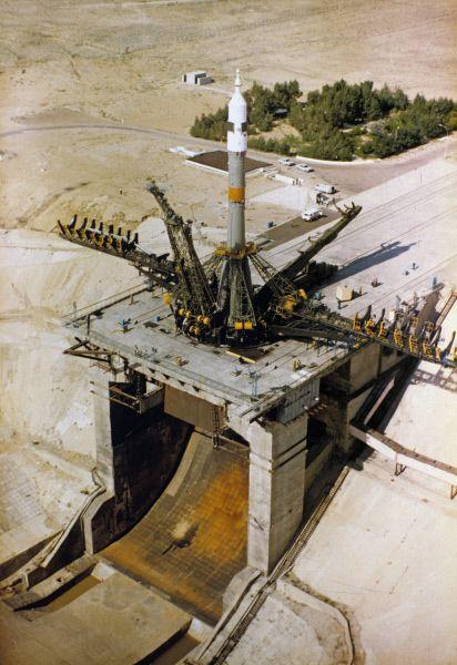 Космодром «Байконур» - стартовая площадка первого в мире космического порта. 1986 год.