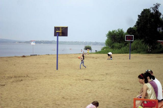 Фото на общем пляже