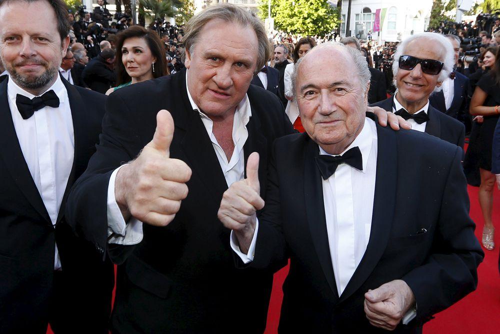 2014 год. Президент ФИФА Зепп Блаттер и Жерар Депардье в Каннах.