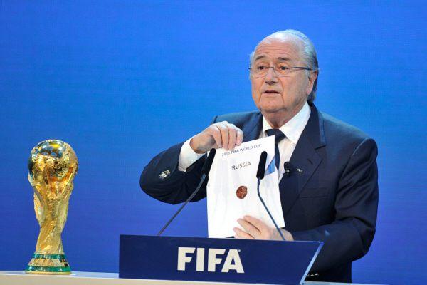 2010 год. Президент Международной федерации футбольных ассоциаций (ФИФА) Йозеф Блаттер объявляет Россию страной, получившей право проведения чемпионата мира по футболу в 2018 году.