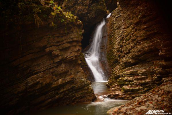 Водопад Сердце Руфабго