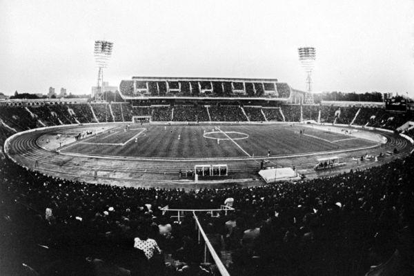 Общий план стадиона. 1996 год.