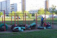 Вместо футбольного поля хотят строить детский сад.