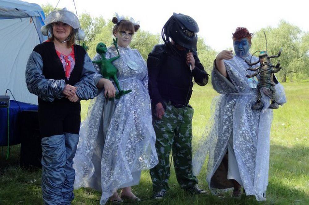 В Омске прошёл слёт НЛО и космический концерт.