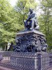 В 1855 года Петр Клодт закончил работу над памятником баснописцу Ивану Крылову.