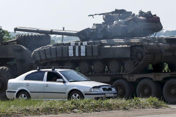Военные ВСУ в районе Изюма.