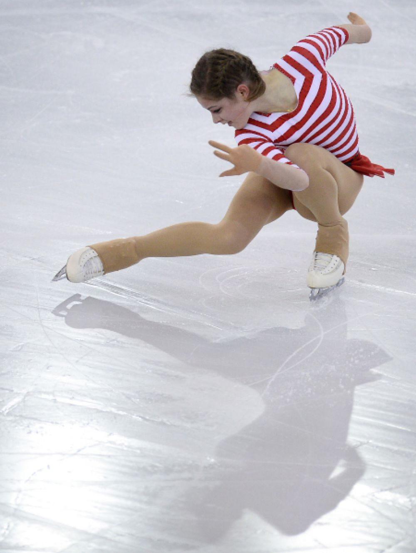 Юлия Липницкая в короткой программе на чемпионате России по фигурному катанию в Сочи. 2014 год.