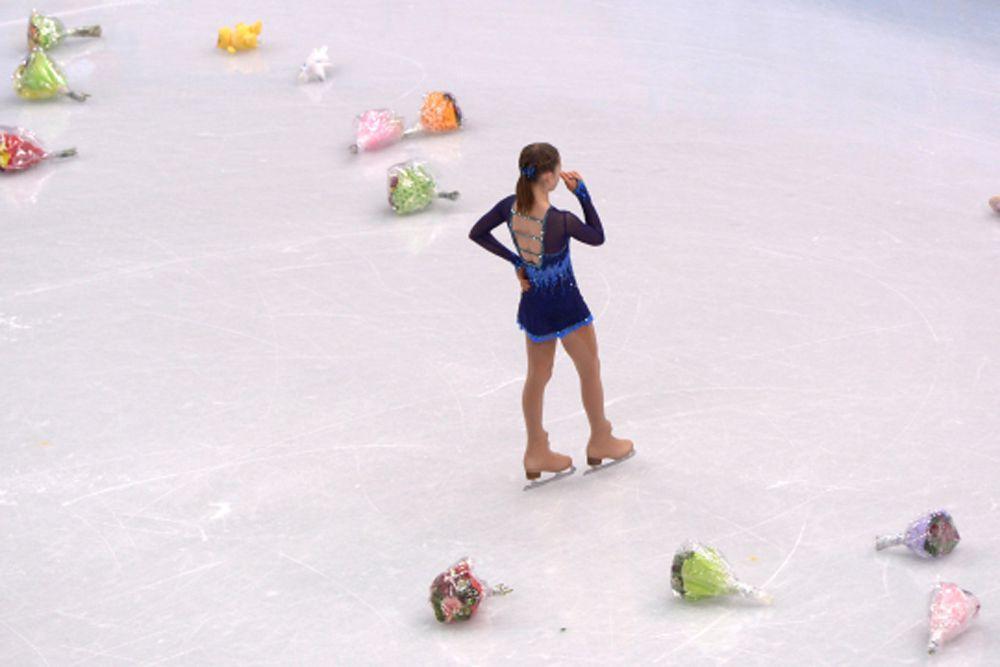 Юлия Липницкая после выступления в короткой программе женского одиночного катания на соревнованиях по фигурному катанию на XXII зимних Олимпийских играх в Сочи.
