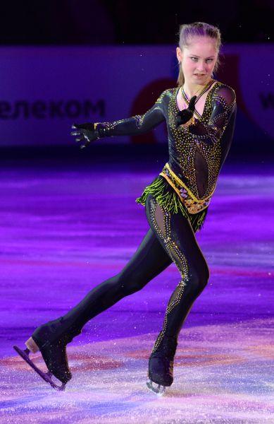 Юлия Липницкая во время показательного выступления на Шестом этапе Гран-при по фигурному катанию в Москве. 2013 год.