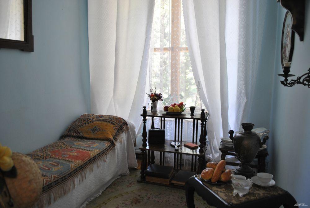 Комната, в которой предположительно ночевал поэт.