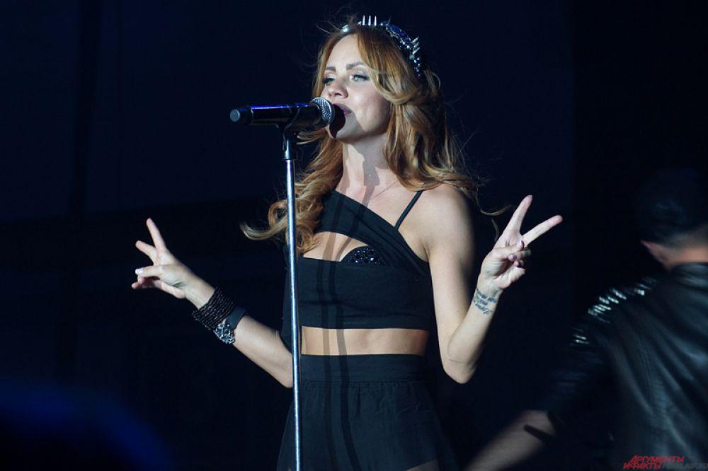 Певица МакSим выступила в Перми в воскресенье, 7 июня.
