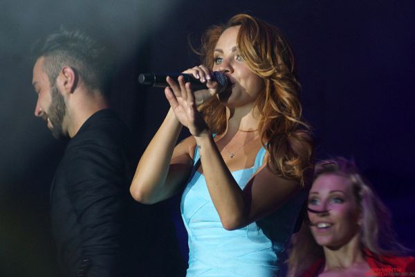 После финальной песни МакSим дважды выходила спеть на бис и пообещала обязательно еще раз вернуться в Пермь.