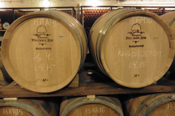 В нашей области существуют как крупные производства, так и «гаражные» винодельни.