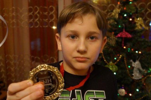 Коле Герасимову на операцию нужно 918 тысяч рублей.