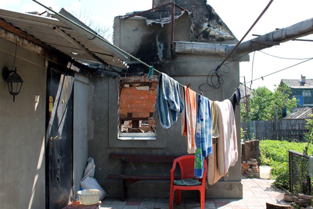 В общей сложности, по оценкам УКГВ, около 5 млн человек на Украине нуждаются в гуманитарной помощи. План помощи, разработанный ООН, нацелен на оказание поддержки 3,2 млн людей. «Этот план предполагает финансирование в 316 млн долларов, однако пока поступило или обещано лишь 24% требуемых фондов», - констатирован Ларке.