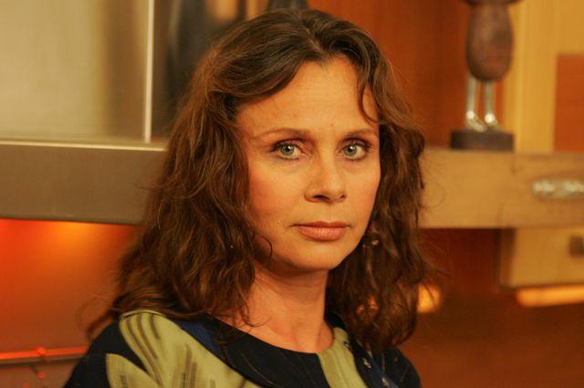 Любовь Полищук родилась в Омске, здесь же и начала свою актёрскую карьеру.