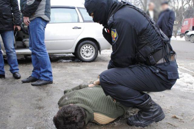 Пограничники задержали наркокурьера.