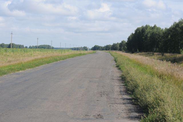 Областные дороги нуждаются в ремонте.