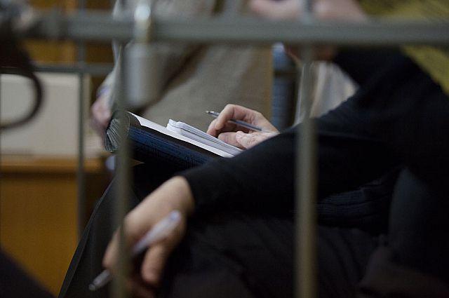Подсудимый может делать записи даже в зале суда.