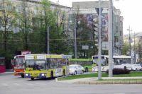 В конце лета интервалы движения транспорта и пути его следования скорректируют.