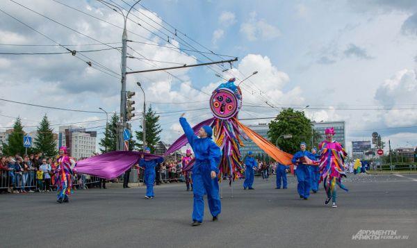 Пермский звериный стиль был представлен на карнавале отдельной колонной