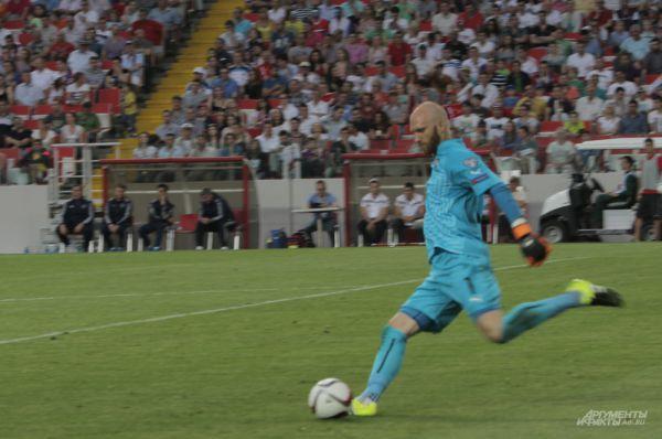 Голкипер сборной Австрии, не пропустивший в двух играх с нашей командой ни одного гола
