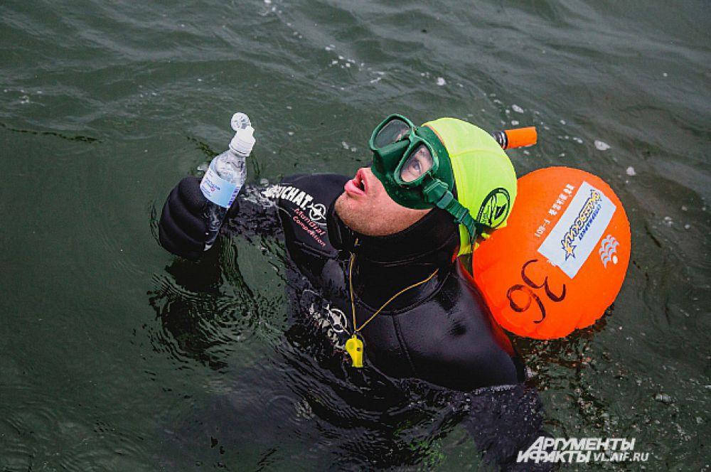 Первая просьба после заплыва - попить.