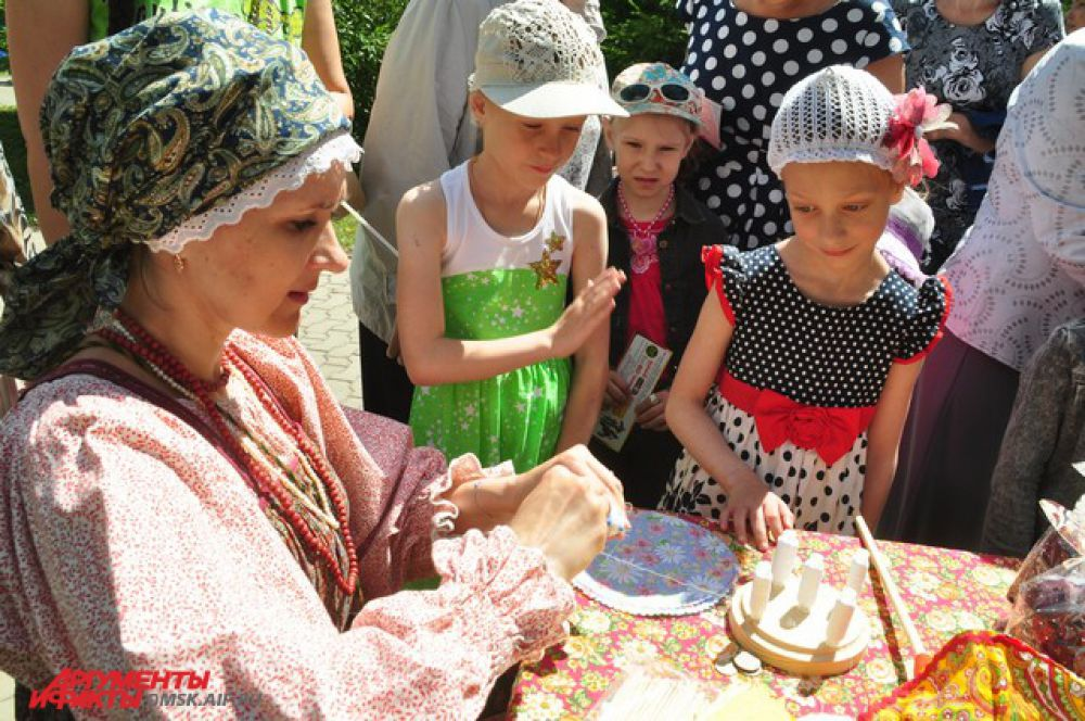 День России в Омске отпраздновали танцами.
