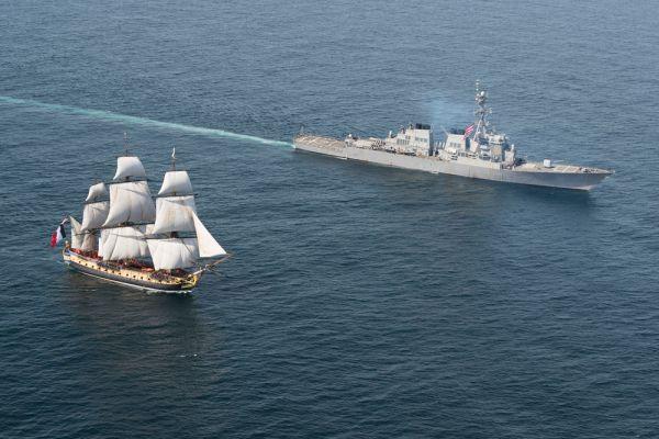 Фрегат «Гермиона» – точная копия легендарного корабля 18 века, на котором маркиз де Ла Файет отправился в Америку для участия в войне за независимость США.