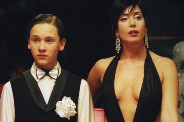 Певица снялась в нашумевших фильмах «Ночной дозор» и «Дневной дозор».