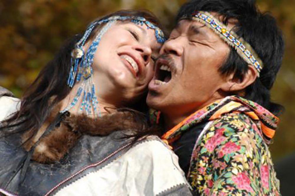 В номинации «Событийный туризм»победителем стал Александр Терещенко с работой «Алхалалалай. Ительменское танго». Приз — поездка «Вертолётно-пешеходная экскурсия на Курильское озеро».