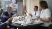 Дмитрий Медведев с главой республики Крым Сергеем Аксёновым и директором кондитерской Яной Крупко.