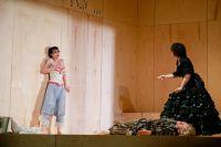 Новый спектакль - это и трагедия, и комедия, и мыльная опера...