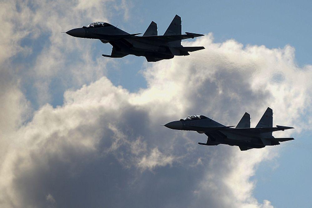 Самолеты Су-34.