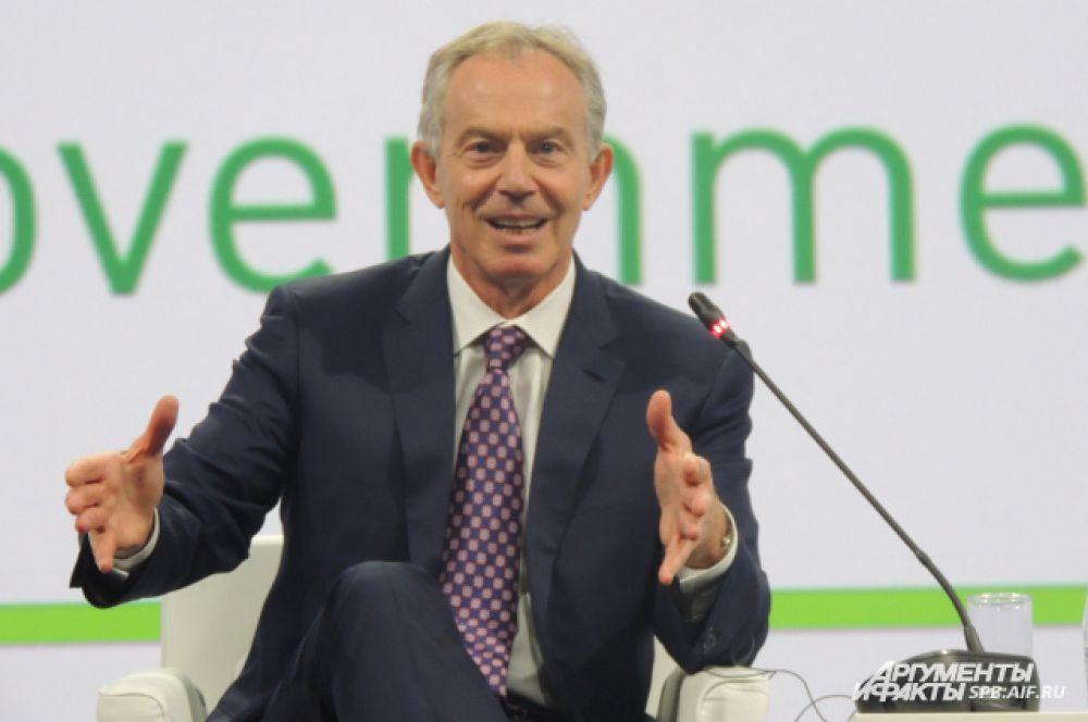 По мнению Тони Блэра, правительство должно меняться.