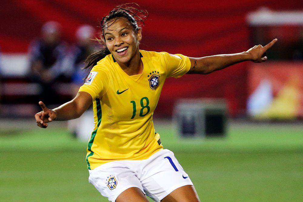 Полузащитник сборной Бразилии Ракель.