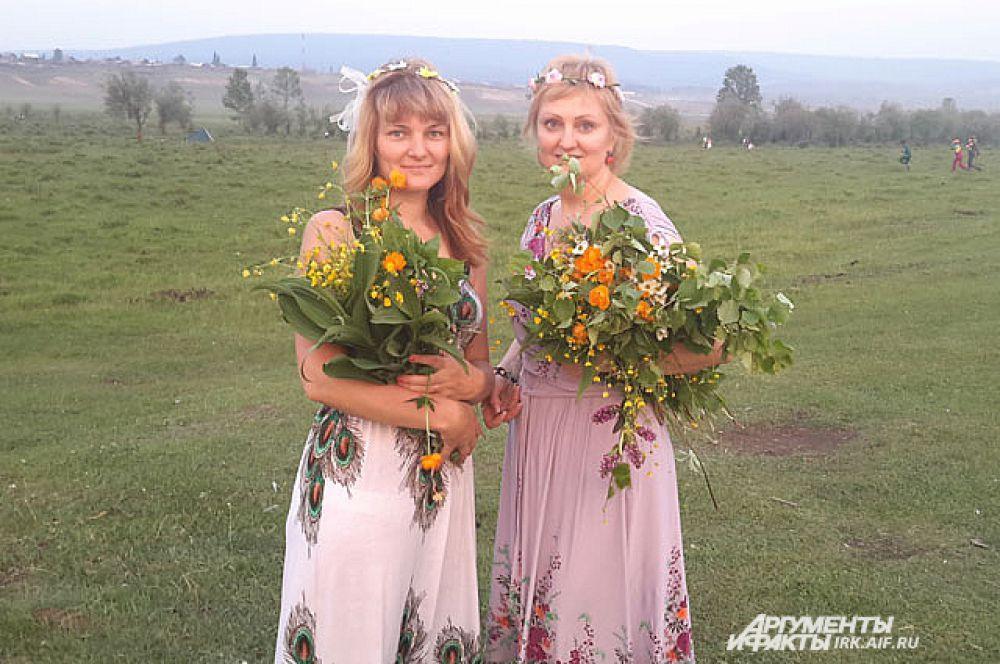 Из сибирских цветов можно собрать потрясающей красоты букеты и сплести необыкновенные венки.