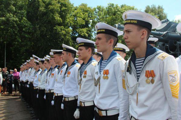 Этот выпуск - особенный. В этом году кадеты приняли участие не только в параде в честь 70-летия Великой Победы, но и в честь 15-летия со дня образования кадетской школы-интерната.