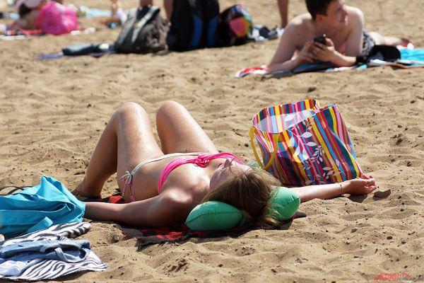 Синоптики обещают жару вплоть до конца июня.