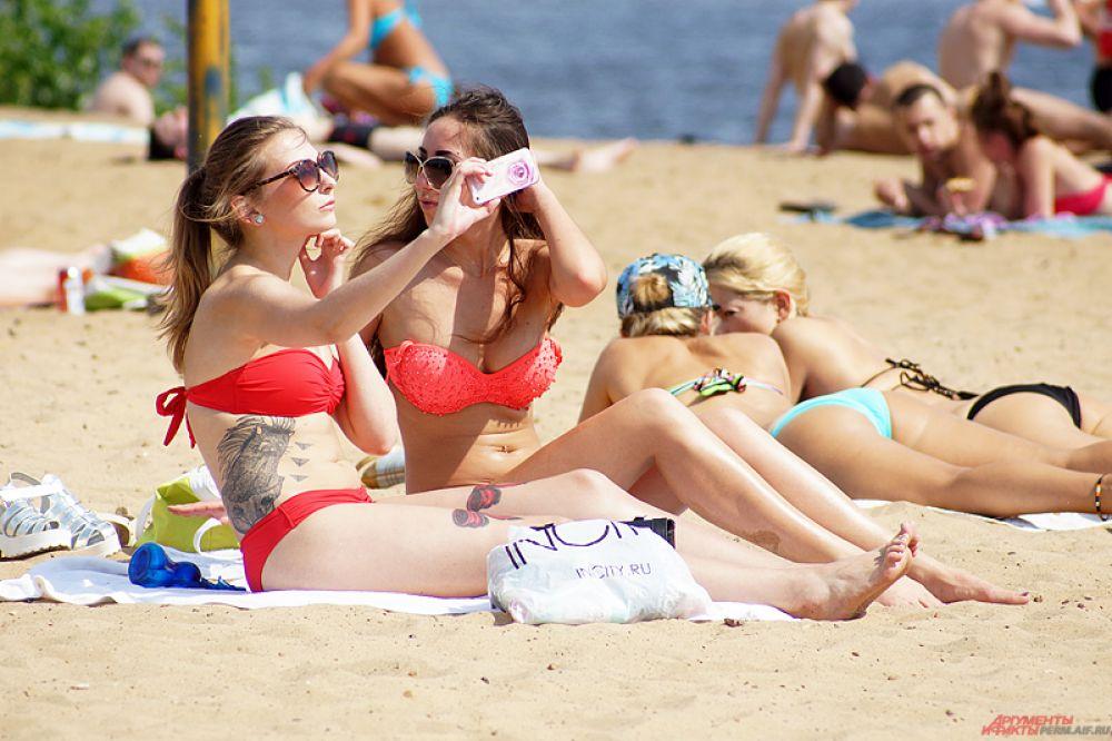 Селфи на городском пляже популярны как никогда.