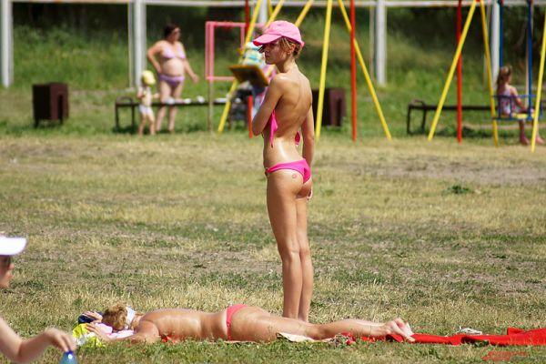 Прекрасные девушки на пермском пляже – не редкость.