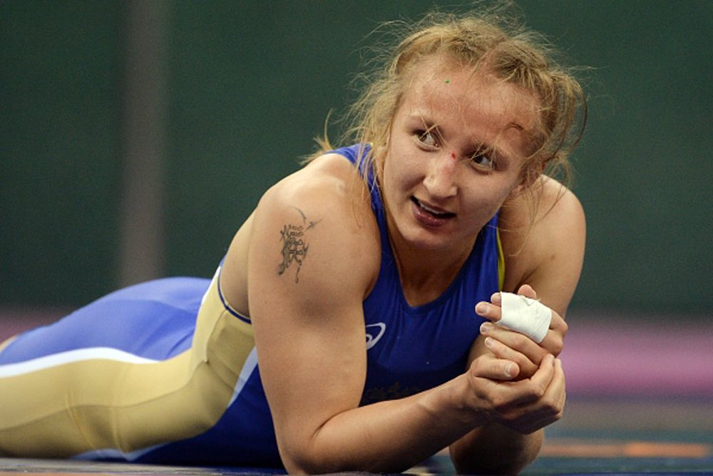 Первый комплект наград в женской борьбе выиграла  Валерия Лазинская в весовой категории до 63 килограммов. В финале Валерии противостояла действующая чемпионка мира украинка Юлия Ткач.