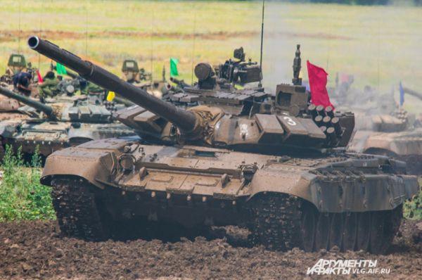 Победителем становится танк, быстрее всех преодолевший маршрут.