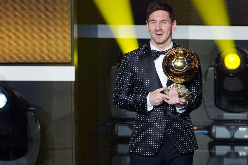 7 января 2013 года Лионель Месси пришел на церемонию вручения «Золотого мяча-2012» в костюме в горошек.